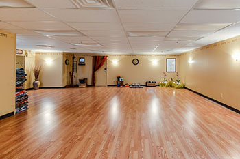Beautiful studio space for rent at yoga for living cherry for Living room yoga